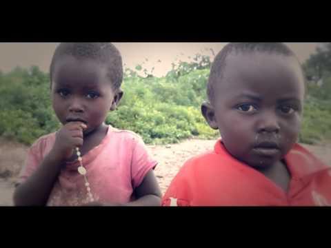 Loin du Monde Chris Bat (Official clips full HD)