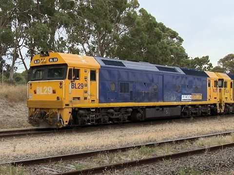 Steel Train In Australia Pacific National Broad Gauge Railway Poathtv Youtube