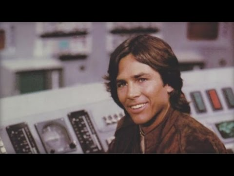 Actor Richard Hatch dies at 71