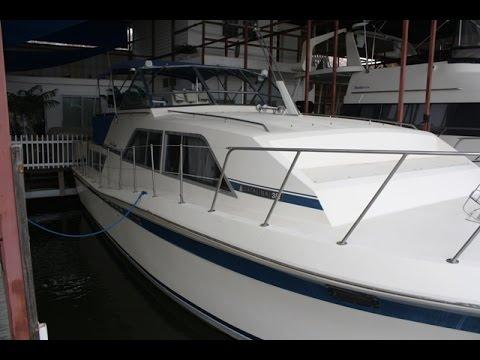 1984 Chris Craft 381 Catalina 38ft Cabin Cruiser