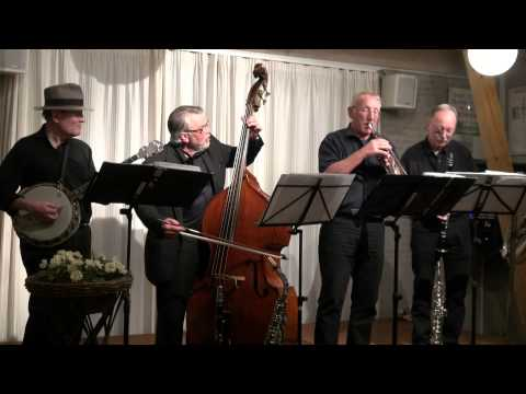 'Wang Wang Blues' by Scandinavian Rhythm Boys