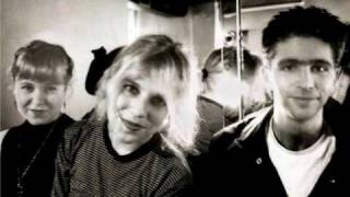 Watch Throwing Muses Soap And Water video