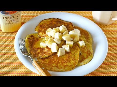 2-Ingredient Banana Pancakes (Flour-less High-Protein) 材料2つでバナナパンケーキ - OCHIKERON - CREATE EAT HAPPY