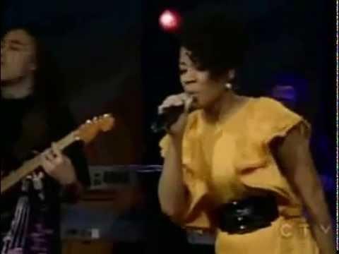 Keyshia Cole Heaven Sent Live on Regis and kelly 2008