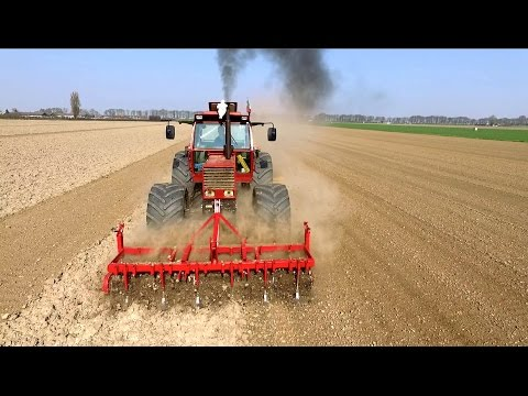 Italian brute force: '84 FIAT 1880 DT | Seedbed preparation | JJ Groenenboom
