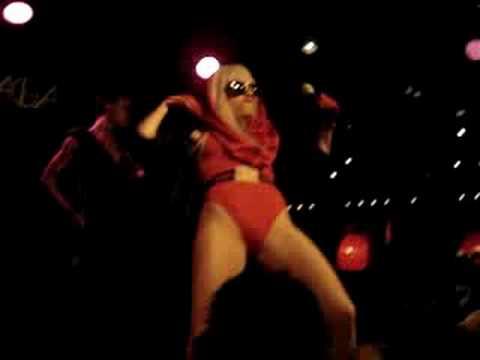 Lady GaGa - Beautiful, Dirty, Rich Live