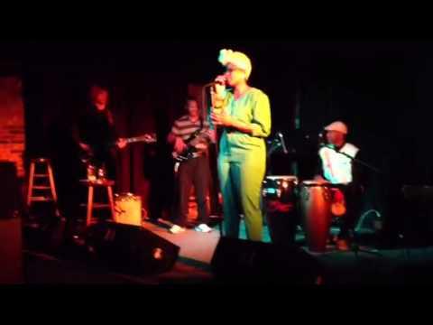Yolanda Lavender @ The Globe in Kalamazoo