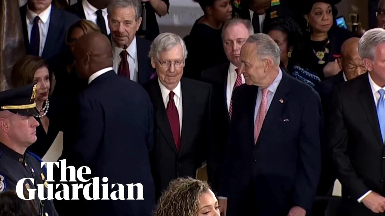 Video shows Elijah Cummings' pallbearer snubbing Mitch ...