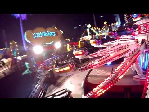 เครื่องเล่น KANGAROO - สวนสนุก Global Carnival 2016