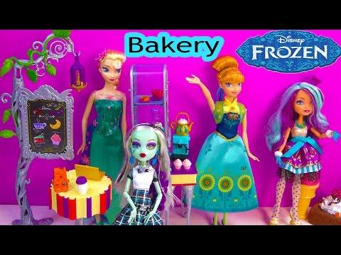 Monster High Hangout Ever After High Beanstalk Bakery Cafe Doll Playset + Queen Elsa Princess Anna