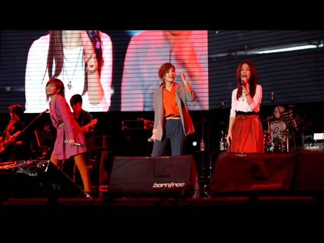 2012-12-02 簡單生活節 - SHE Super Star
