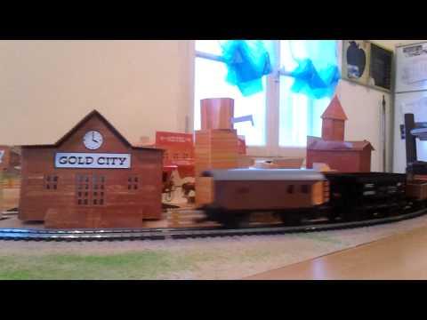 Arrivée à Gold City