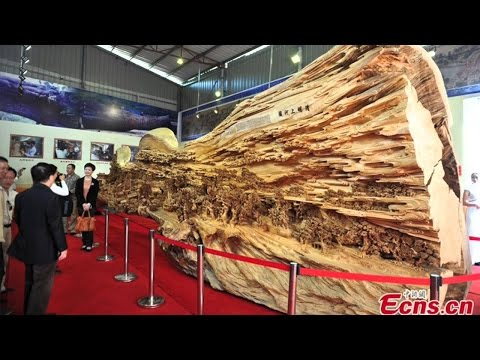 Невероятная работа китайского мастера резьбы по дереву.