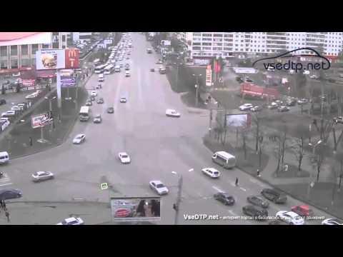 10.04.2015 Авария в центре Челябинска