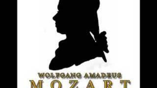 Mozart: Clarinet Quintet In A , K 581 - 3 Menuetto
