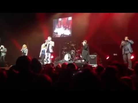 Pentatonix and Tori Kelly (Half of) Don't Worry Be Happy/Winter Wonderland (live) in Indy 12/9/15