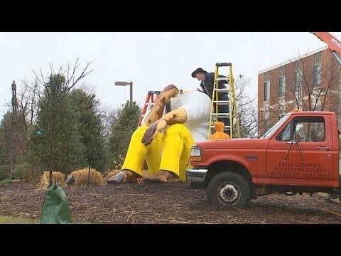American University Removes Leonard Peltier Statue After FBI Letter Amid Urgent Push for Clemency