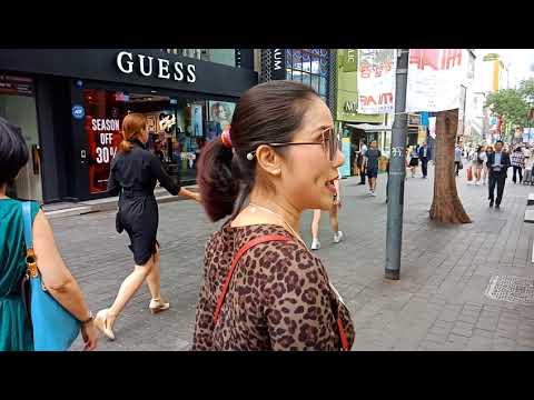 Shopping tại  myeongdong khu mua sắm nỗi tiếng nhất Seoul