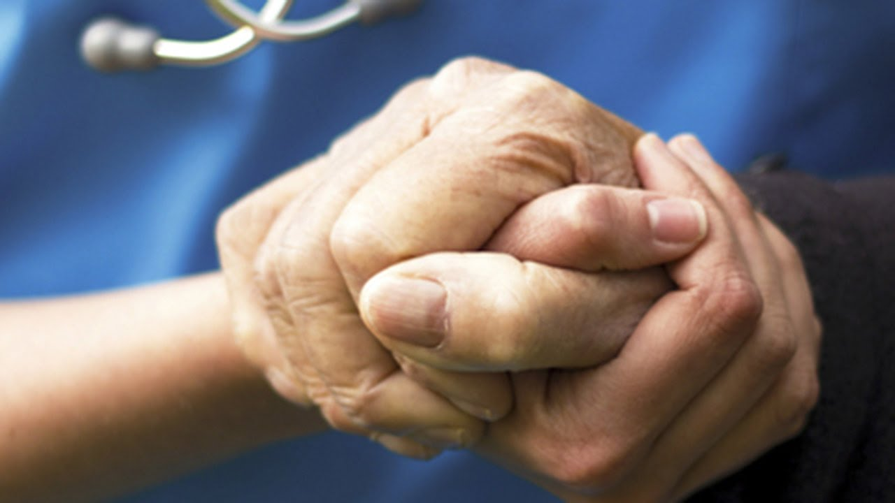 how do nurses make a difference in peoples lives
