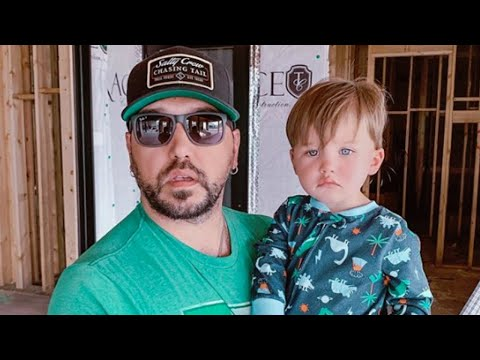 Karla Cantrell - Jason Aldean and his little boy Memphis are twinning:)