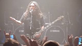 Fan Spits on Tom Araya of Slayer and Gets Kicked Out @ San Diego Comic-Con Show
