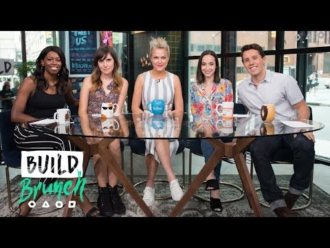 BUILD Brunch: July 30, Elaine Hendrix Joins The Table