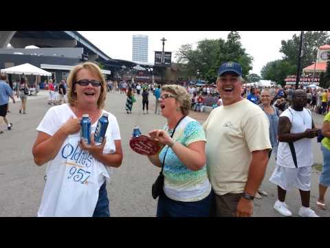 The Oldies 95.7 Singers @ Summerfest 2013