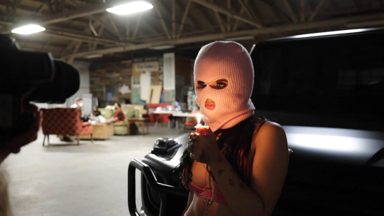 Nessa Barrett - counting crimes (Behind the Scenes)