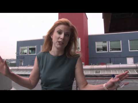 Diane Neal Talk About Her History with Law & Order: SVU