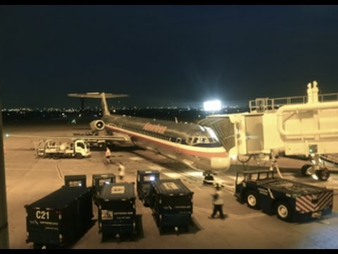 American Airlines MD-80 / Dallas Ft Worth to Houston Intercontinental