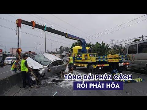 Kinh Hoàng Toyota Vios Tông Dải Phân Cách Rồi Bốc Cháy Gần Cao Tốc
