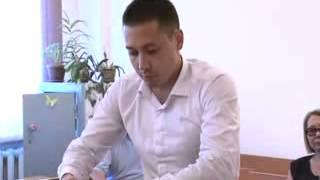 Камчыбек Ташиевдин уулуна айып тагыш үчүн 12 сааттан ашык кыйнашкан.
