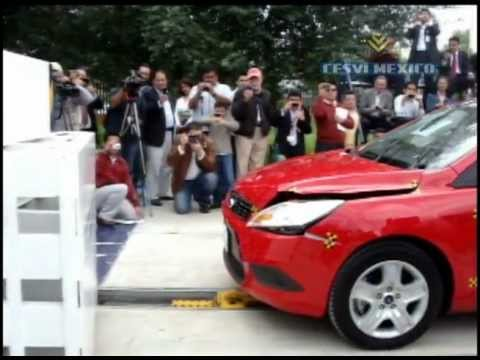 Low-Speed Crash Test  2010 Ford Focus