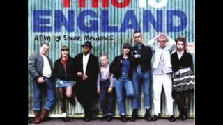 This Is England Soundtrack - Main Theme (Fuori Dal Mondo by Ludovico Einaudi)
