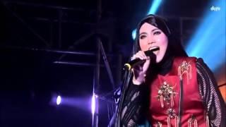 Video 30102015 Shila Amzah HK Concert 茜拉香港演唱会:夕阳之歌 xi yang zhi ge download MP3, 3GP, MP4, WEBM, AVI, FLV Juni 2017