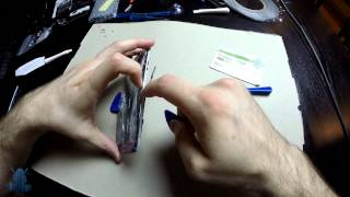 Samsung Galaxy S4 Screen Glass Replacement Part 2 of 3   Removing the cracked glass