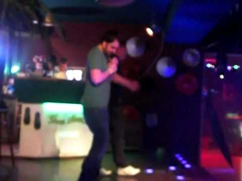 Willi und Leo (Green Mango karaoke bar)