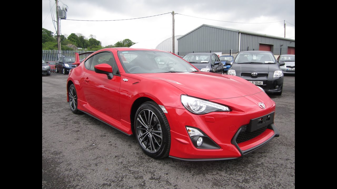 Review & Test Drive: 2016 Toyota GT86 Aero Pack - YouTube