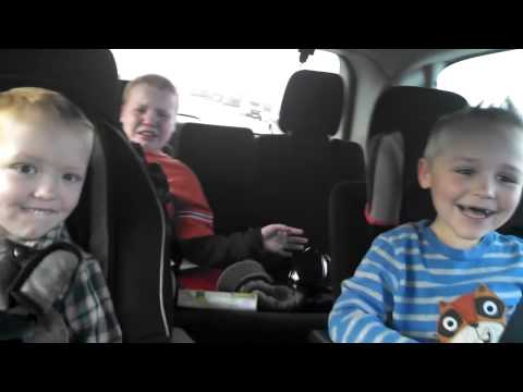 Kids reactions to mother being pregnant with twins