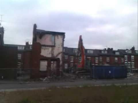Empty Homes Week 2012 - demolition of the Garnets, Leeds