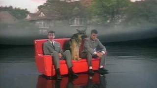 Baixar Pet Shop Boys - Suburbia (2003 Digital Remaster)
