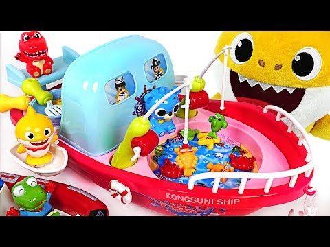 Baby Shark Gets a Cooking & Fishing Boat! Let's go to the sea~! - PinkyPopTOY