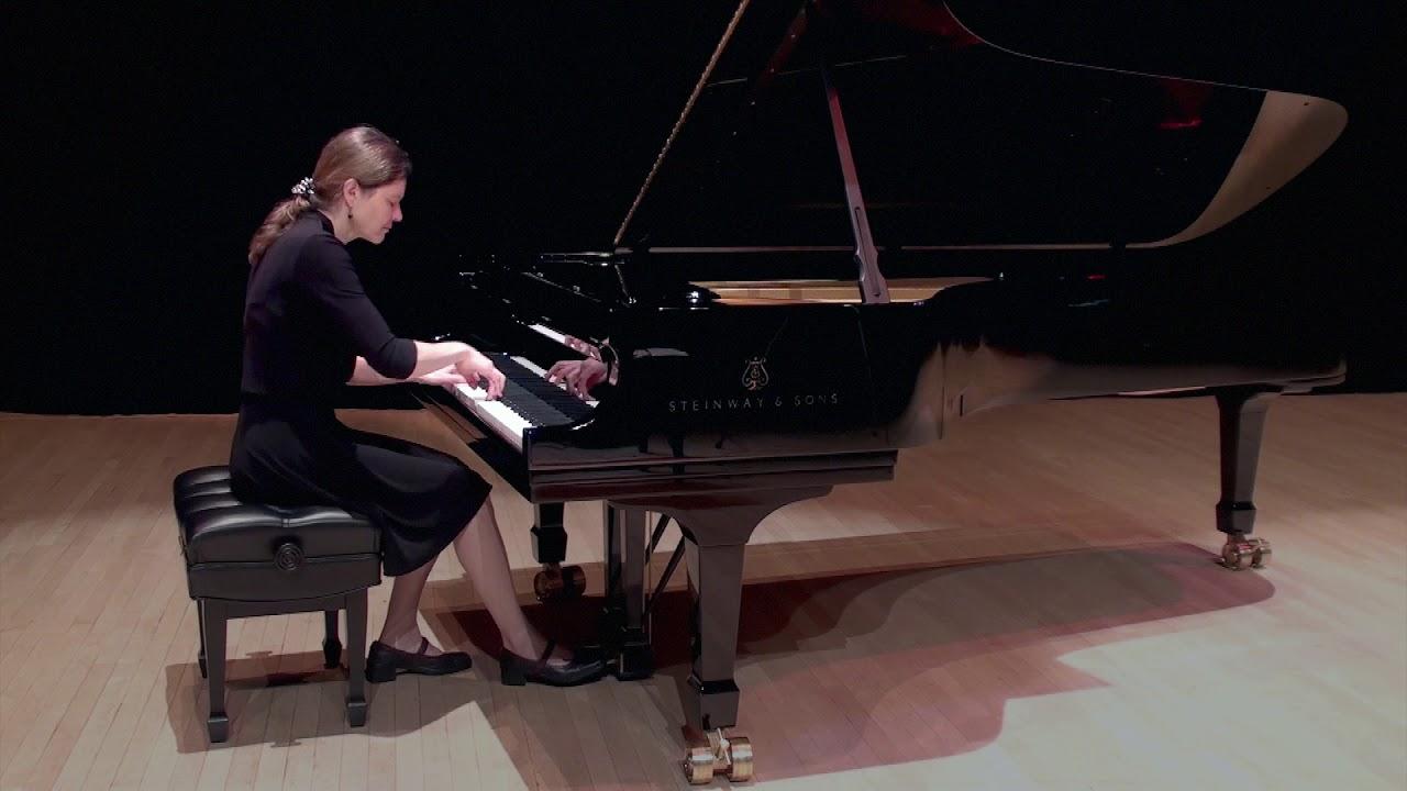 Valerie Carreau - Petite fleur no 1