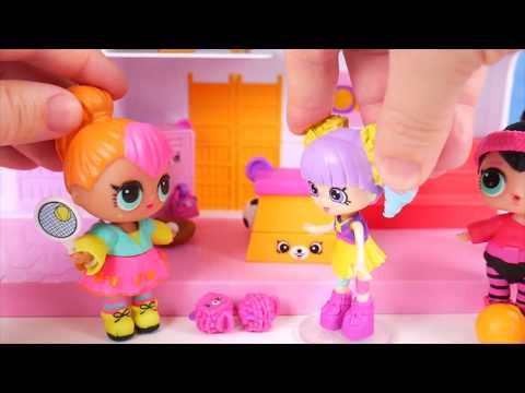 LOL Surprise Dolls + Lil Sisters in Fake Toy School and Baby Strollers do Morning Routine