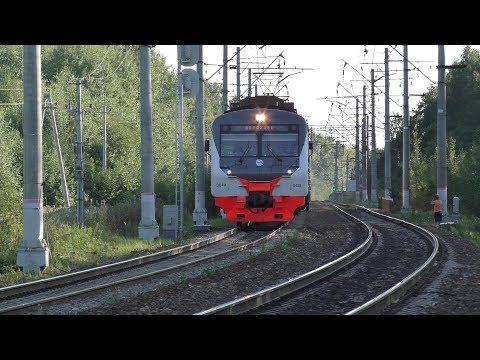 Электропоезд ЭД4М-0458 ЦППК станция Тучково
