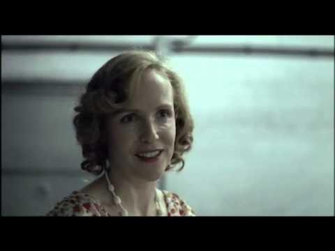 Der Untergang (Downfall) - Deleted Scene: Eva preparing for Hitler's birthday.