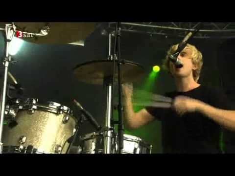 Download Blood Red Shoes    colours fade   Live Berlin 09 2010