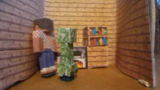Minecraft Papercraft - A Creeper at Home