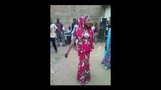 Download Video Kalli Abin Kunyar Rawar da Maryam Yahaya tayi Kafin Ta Shiga Fina-Finan Hausa MP3 3GP MP4