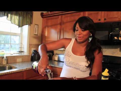 Trina Braxton's 4 O' Clock ROCK: Purple People Eater